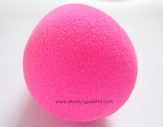 Beauty Blender- Review, How to Use, Availability in India