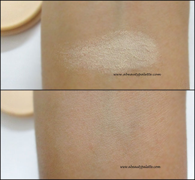 Rimmel Stay Matte Long Lasting Pressed Powder in Transparent: Review, Swatches