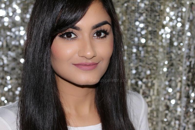 Glitter eyeliner makeup 2