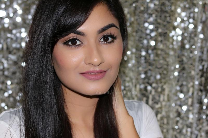 Glitter eyeliner makeup 4