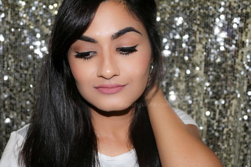 Glitter eyeliner makeup tutorial 1